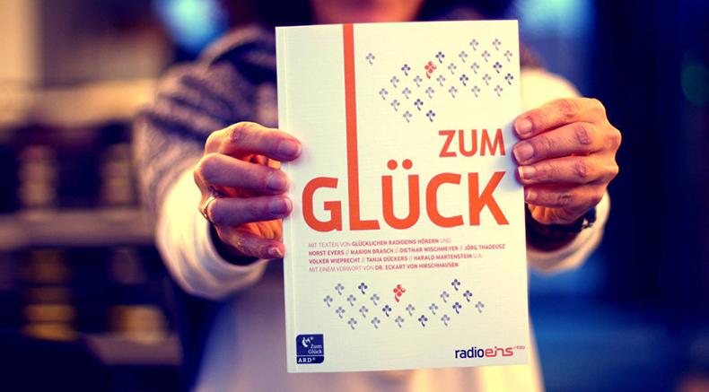 RadioEins: Sozialhelden und das Glück